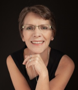 Maggie Thom author image